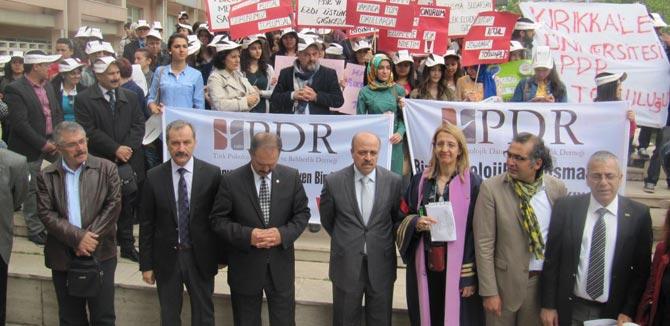 Rehber Öğretmenlerden MEB Önünde Protesto