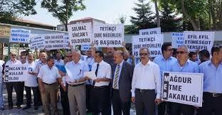 Okul müdürü protestoları devam ediyor