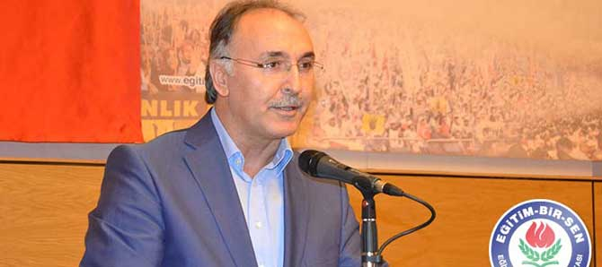 Ahmet Özer: 24 Kasım Sorgulanmalı