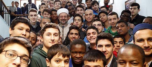 Uluslararası Anadolu İmam Hatip Lisesi'ne Ziyaret