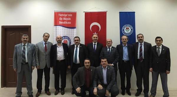 Ahmet Özer Anadolu Yollarında