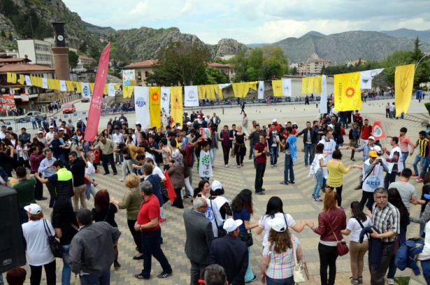 Türkiye'den renkli 1 Mayıs kutlamaları