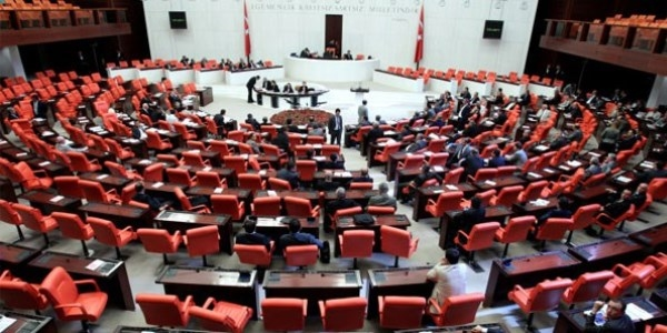 Meclis'te yeni dönem başlıyor