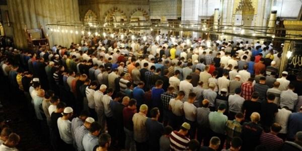 Kamu görevlileri için 'cuma namazı' izni talebi