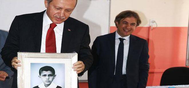 Erdoğan'a Kendi Okulunda Özel Hediye