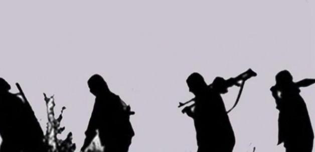 Van'da karakola saldırı: 11 asker yaralı
