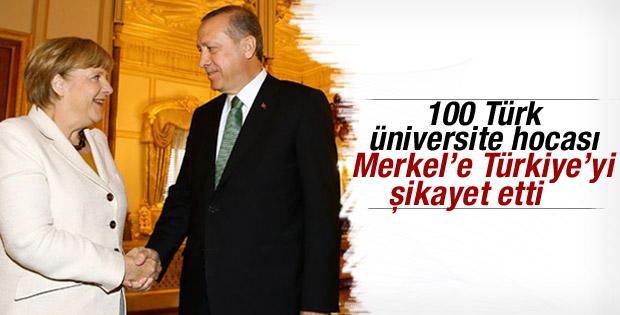 Akademisyenler Türkiye'yi Merkel'e şikayet etti