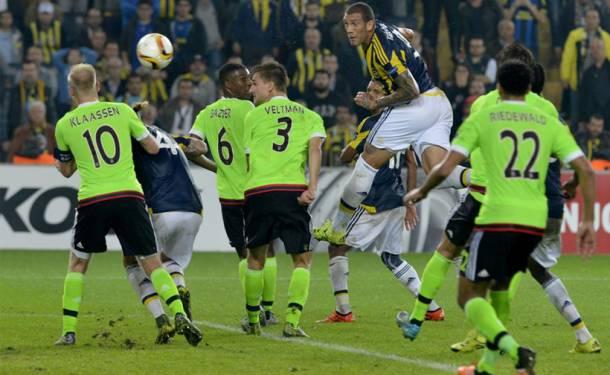 Fernandao attı Fenerbahçe ilk galibiyetini aldı
