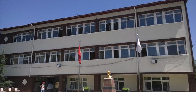 """Mamak'ta """"Şanslı Anadolu Liseliler"""""""