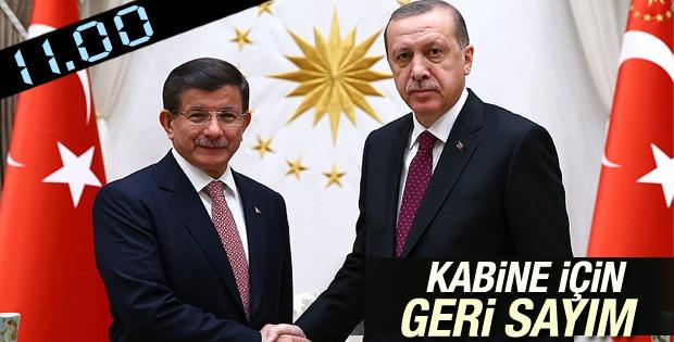 Erdoğan-Davutoğlu görüşmesi saat 11'de
