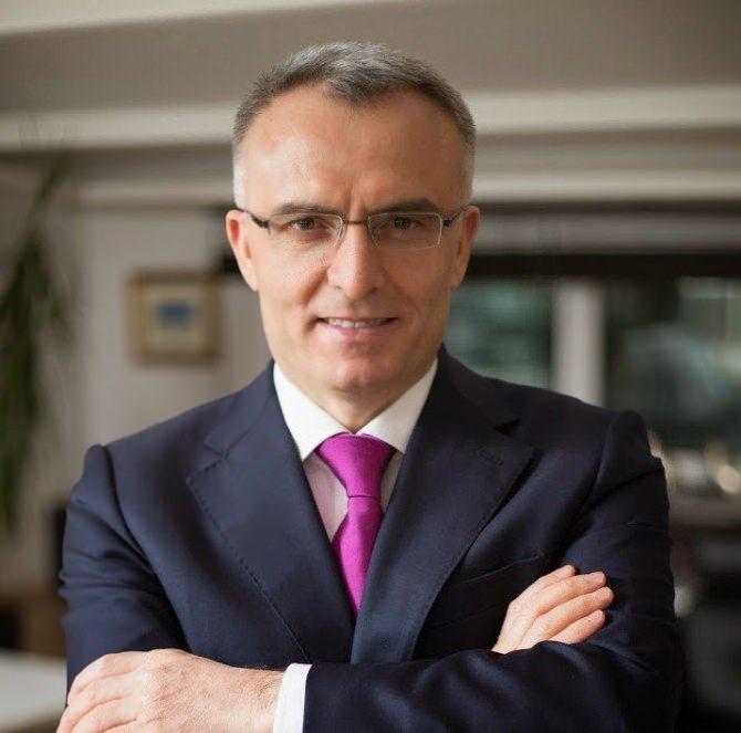 Maliye Bakanı Naci Ağbal kimdir