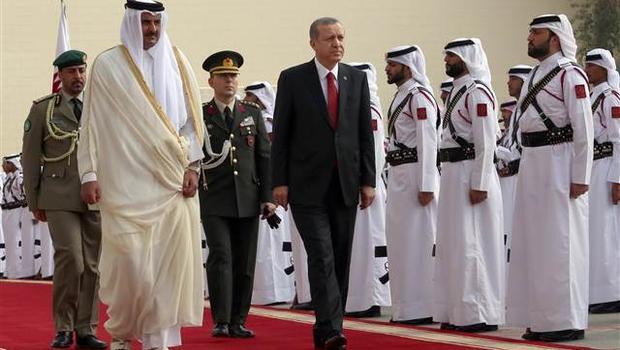 Cumhurbaşkanı Erdoğan Katar'da resmi törenle karşılandı