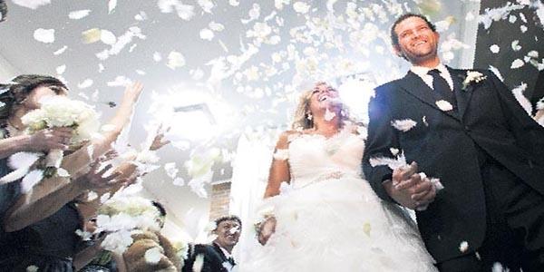 27 yaşından önce evlenene 5 bin TL