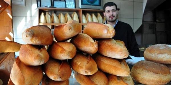 Ankara ve İstanbul'da ekmeğe 25 kuruş zam geldi