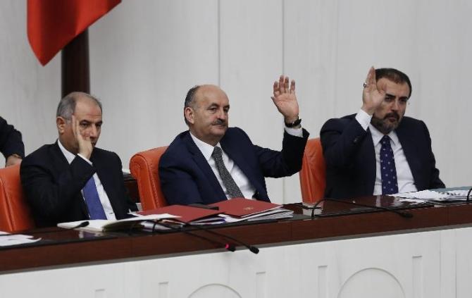 3 bakanlığın bütçesi kabul edildi