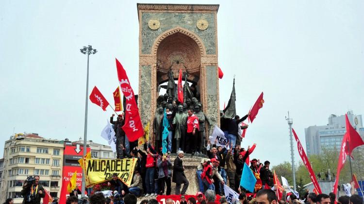 Memur-Sen'den Taksim Sürprizi