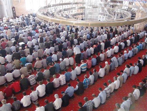 Cuma günü okunacak dua ve dilek duaları sureler