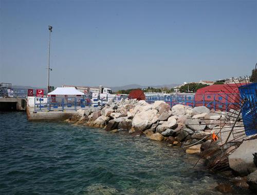 Yunanistan mülteci iadesini erteledi!