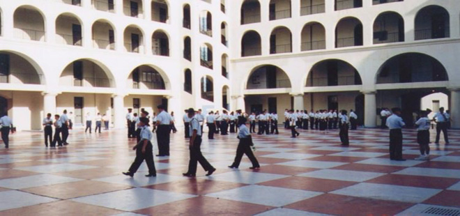 ABD'de askeri okulda başörtüsü talebi