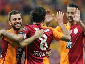 Galatasaray'da flaş ayrılık! İspanya'ya gidiyor