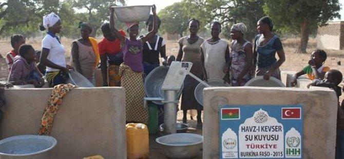 Büyükçekmece Kız Anadolu İHL Afrika'da Su Kuyusu Açtı