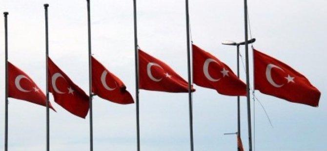 Milli yas ilan edildi: Bayraklar yarıya iniyor!