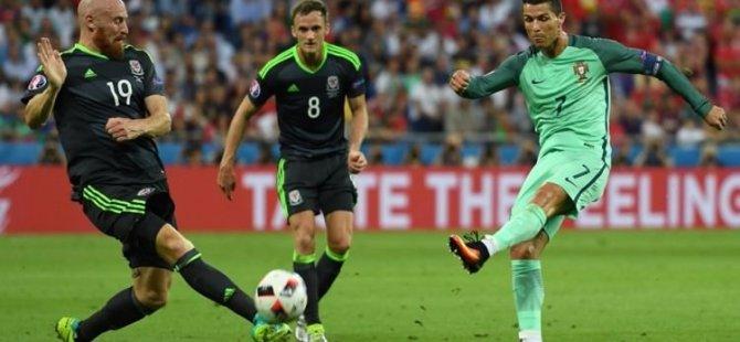 Euro 2016'da ilk finalist belli oluyor- CANLI