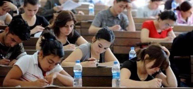 Öğrenciye profesör maaşı kadar burs