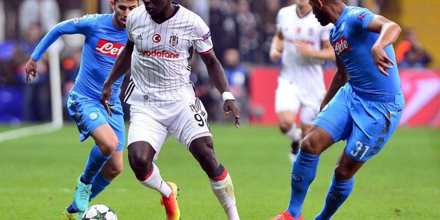 Beşiktaş, Napoli'yi elinden kaçırdı