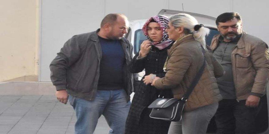 Aralarında öğretmenlerin de bulunduğu FETÖ'nün ablalarına operasyon