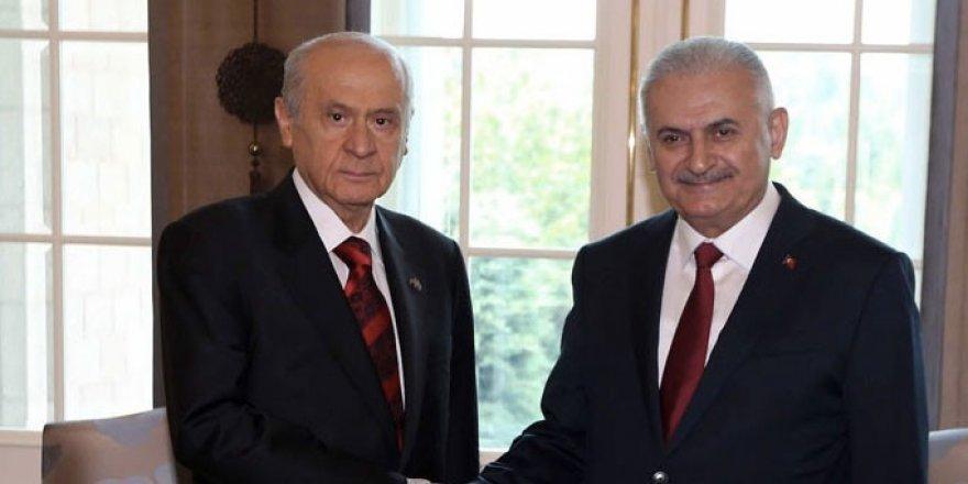 AK Parti ve MHP anayasa görüşmeleri ilk turu tamamlandı