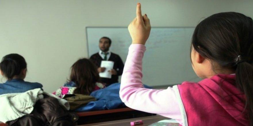 Sözleşmeli öğretmenlere de sınav görevi verilecek
