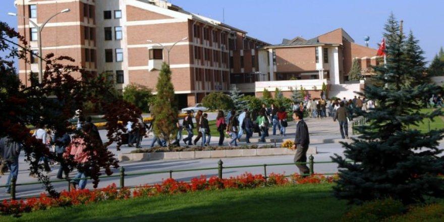 686 sayılı KHK ile ihraç edilen 330 YÖK akademik personelin isim listesi