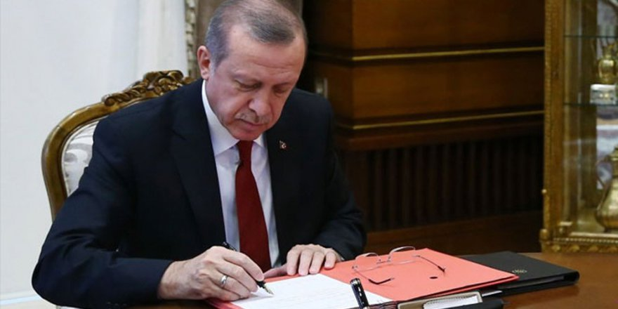 Erdoğan'dan Yeni MEB Kanununa Onay