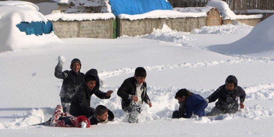 Haftasonuna kadar Türkiye'nin büyük bölümü kar yağışlı