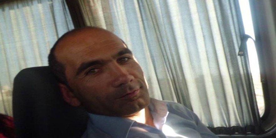 Okulun Çatısından Düşen Müdür Hayatını Kaybetti