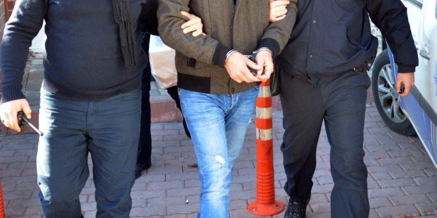 Halen Görevde 3 Müdür Yardımcısı, 14 Öğretmene FETÖ Gözaltısı