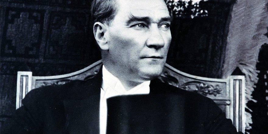 Müfredatta 'Atatürk ve Atatürkçülük' tartışması