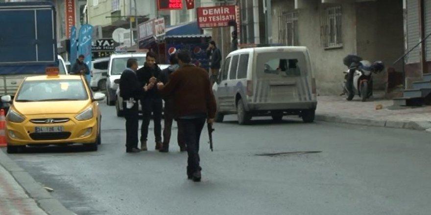 İstanbul Esenyurt'ta Polise Silahlı Saldırı