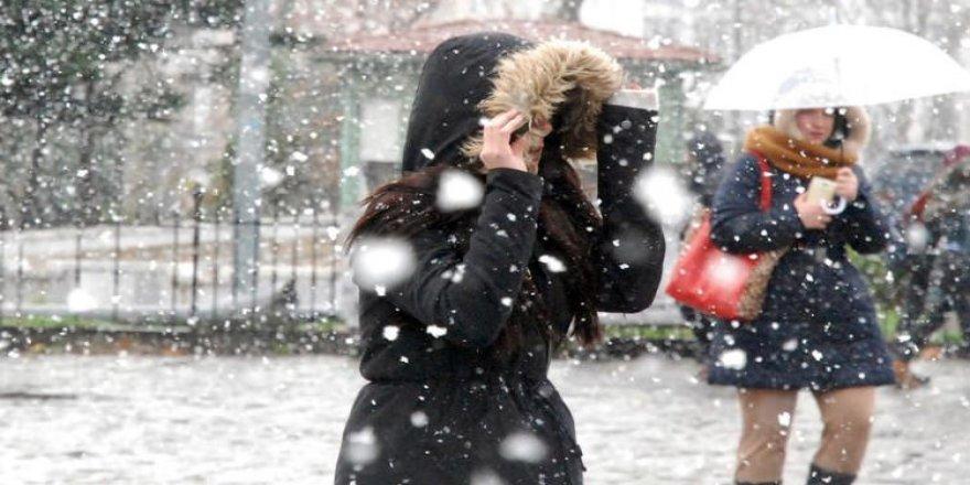 Ankara ve İstanbul'a kar günlerce yağacak