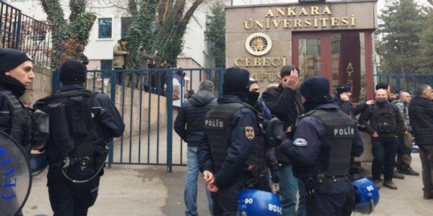 Ankara Üniversitesi'nde gergin saatler!