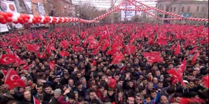 "İşte AK Parti'nin referandum şarkısı: ""Tabi ki evet"""