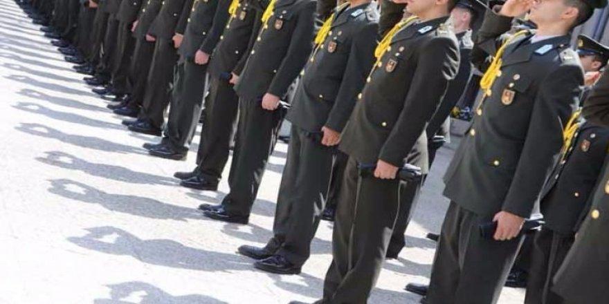 Ankara'da tutuklu 48 askeri öğrenci tahliye edildi