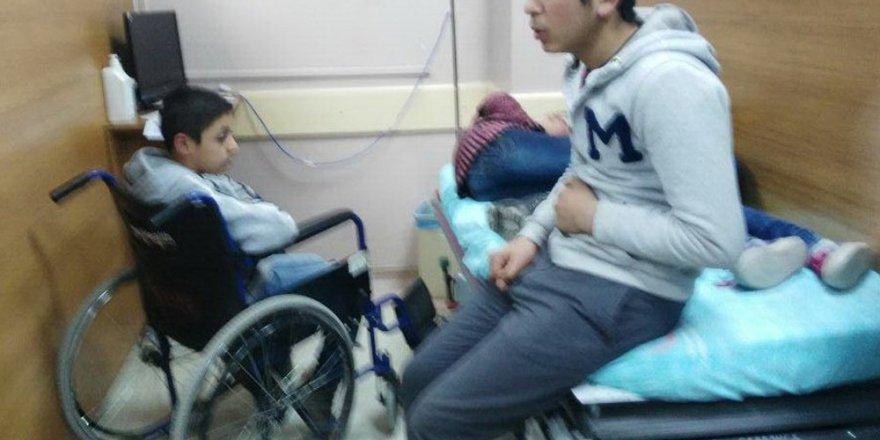 21 öğrenci hastanelik oldu