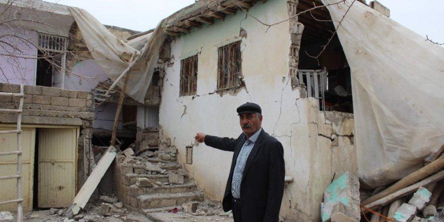 Adıyaman'ın Samsat'taki Deprem en çok köyleri vurdu