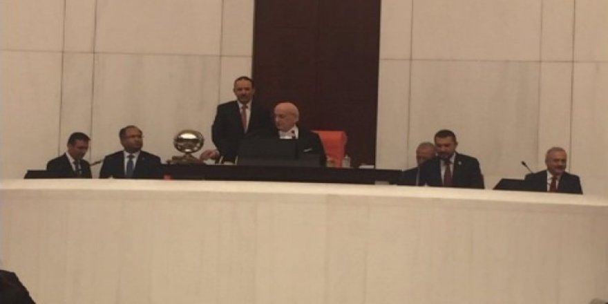 İsmail Kahraman 2 ay sonra ilk kez Meclis'te