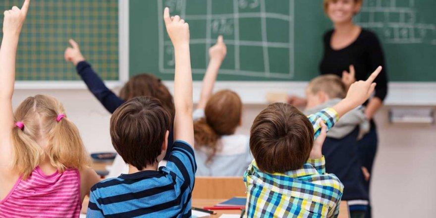 Eğitim Sorunları Nitelikli Öğretmenle Çözülür