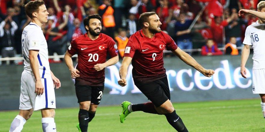 Antalya'da zafer gecesi - Milli takımımız, Finlandiya'yı 2-0 mağlup etti