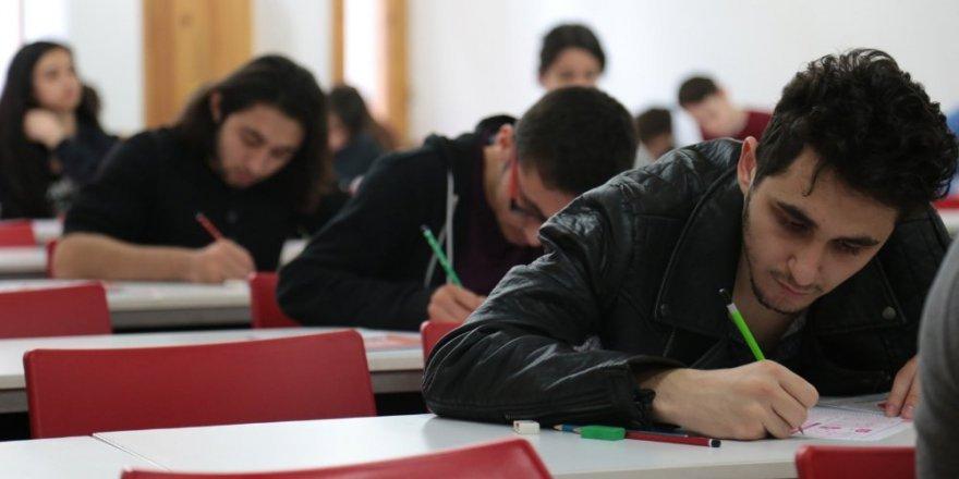 ÖSYM ve Açıköğretim Sınavları aynı gün yapılacak