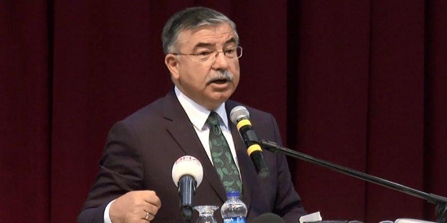 Milli Eğitim Bakanı Yılmaz'dan 'el yazısı' açıklaması